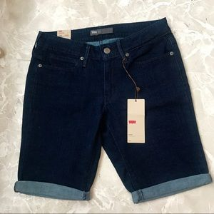 [Levi's] Dark Denim Skinny Bermuda Shorts